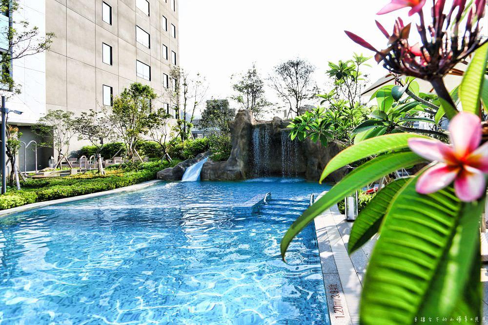 礁溪寒沐酒店設施乘風居語木居泳池遊戲室