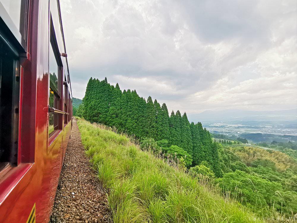 日本JR九州伊三郎新平號觀光列車