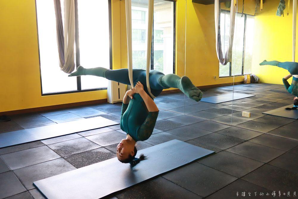 高雄空中瑜珈孕婦瑜加產後修復