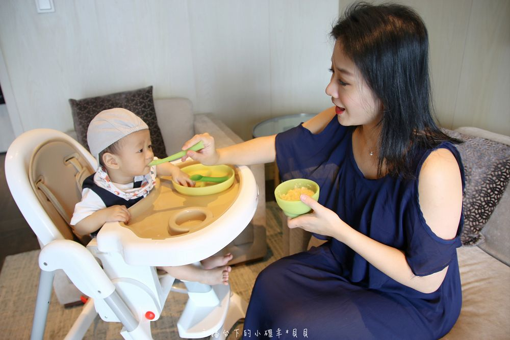 寶寶餐具推薦OLABABY小樹苗矽膠學習餐具組