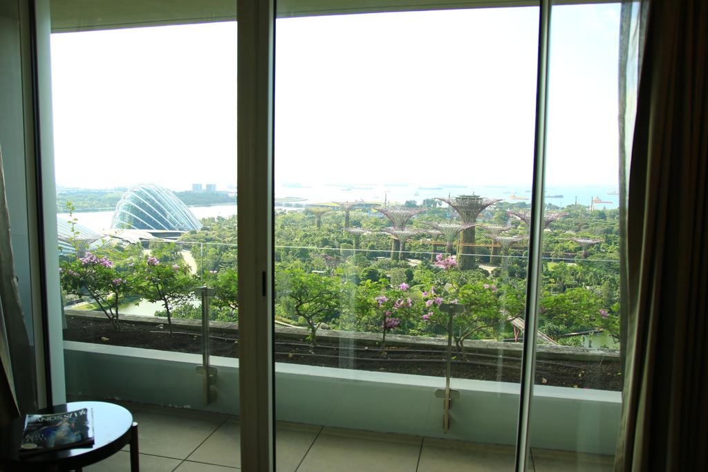 新加坡金沙酒店泳池房間飯店marina bay sands15.jpg