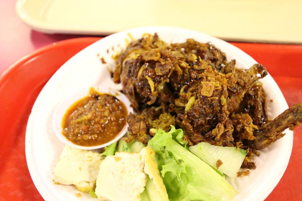 新加坡樟宜機場員工餐廳航廈美食街15.jpg