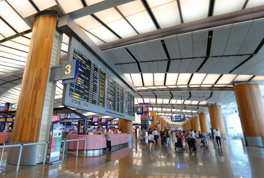 新加坡樟宜機場員工餐廳航廈美食街03.jpg