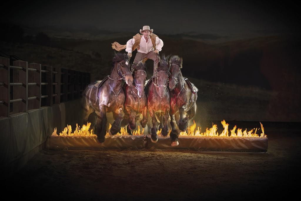 australian-outback-spectacular-fire-jumping-horses1.JPG